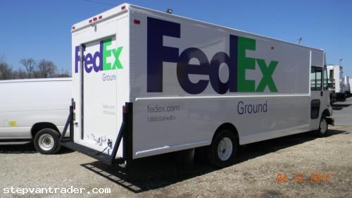 Item ID: 100161, End Time : May. 19, 2011 13:30:26) - Step Van Trader